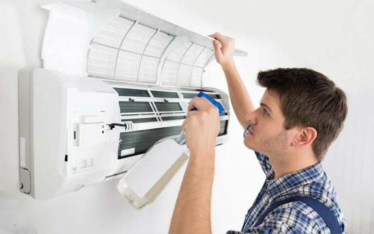 Bersihkan AC Rumah