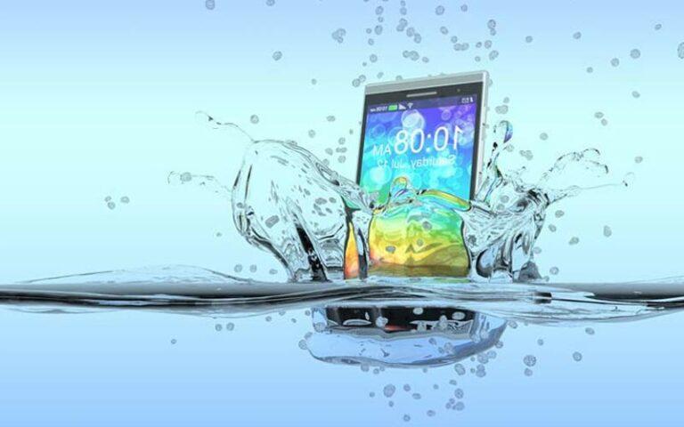 Cara Memperbaiki HP Kena Air