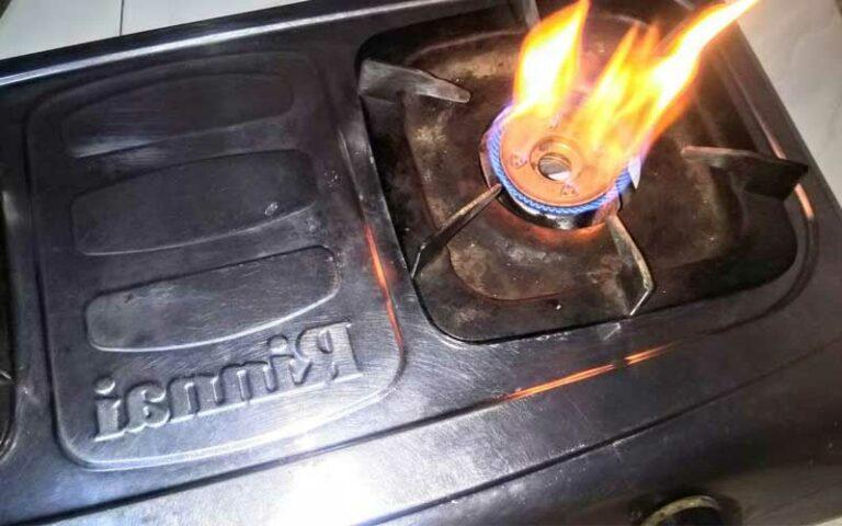 kenapa kompor gas apinya merah